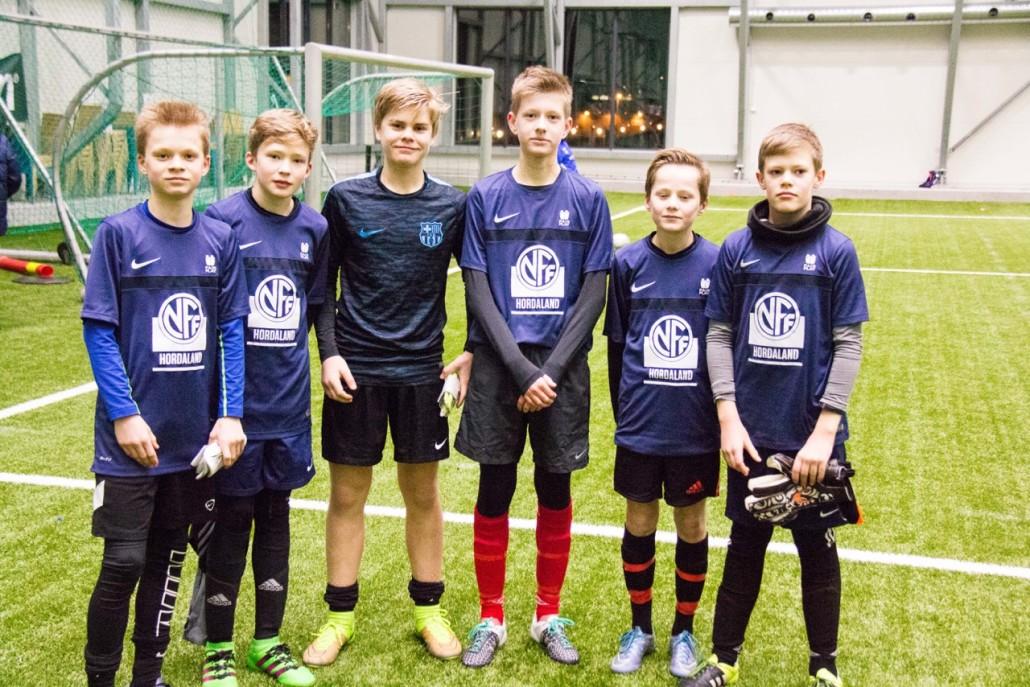 Gruppebilde i fra venstre: Mathias Johnsen, Fredrik Karlsen, Christian Andersen, Eivind Korten, Henrik Ødemark (ikke Loddefjord lenger) og Ole Pamer.