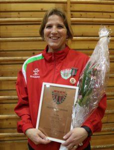 Trine Hjelle hederstegn i bronse